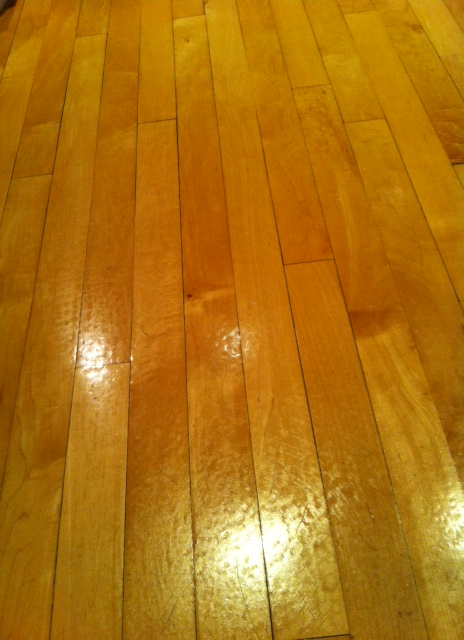 how to clean hardwood floors with polyurethane finish